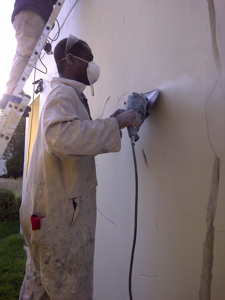Handyman Cape Town grinding wall