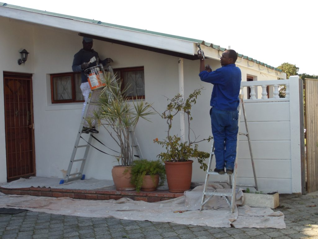 Handyman Cape Town painting house