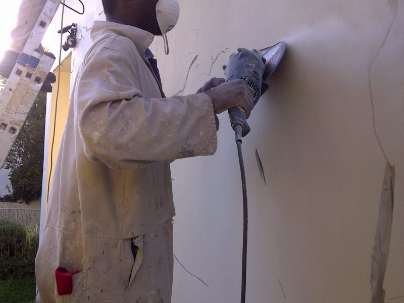 Handyman Cape Town grinding wall