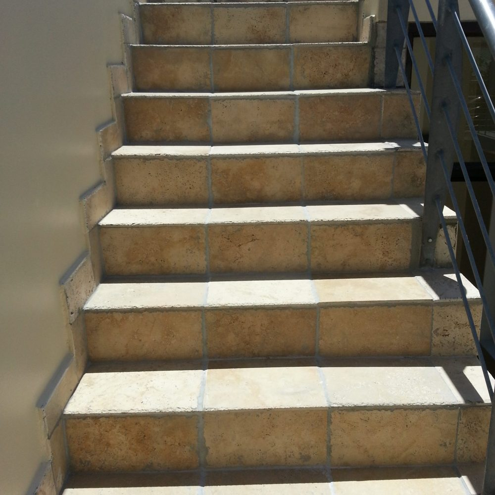 Tavertine tiling on stairs